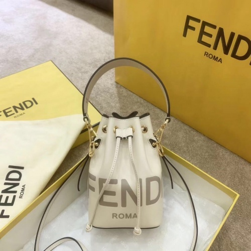 Fendi AAA Messenger Bags For Women #799343