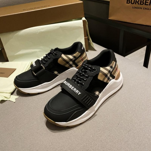Burberry Casual Shoes For Men #799392