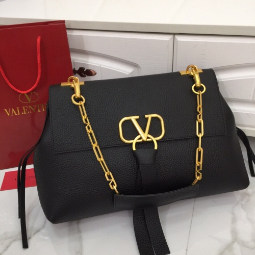 Valentino AAA Quality Handbags For Women #799415