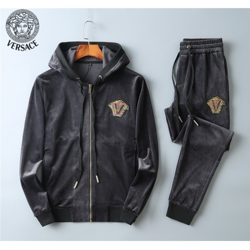 Versace Tracksuits Long Sleeved Hat For Men #799840