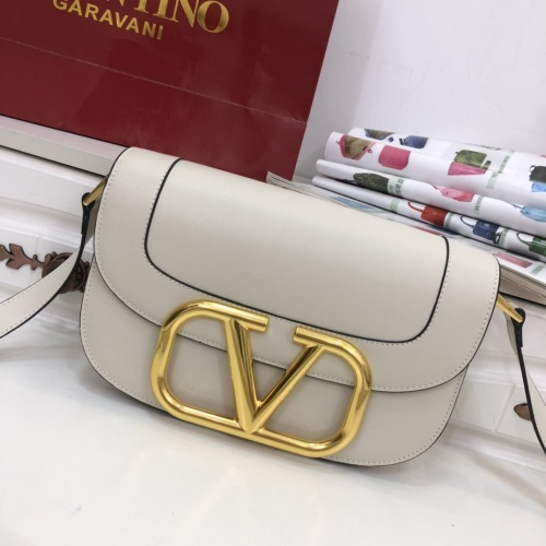 Valentino AAA Quality Messenger Bags For Women #799878