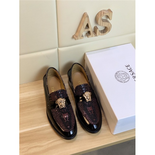 Versace Leather Shoes For Men #799987