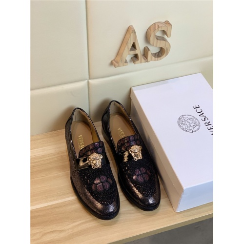 Versace Leather Shoes For Men #799990