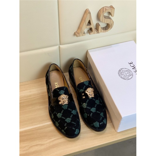 Versace Leather Shoes For Men #799995