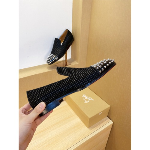 Christian Louboutin Leather Shoes For Men #800001