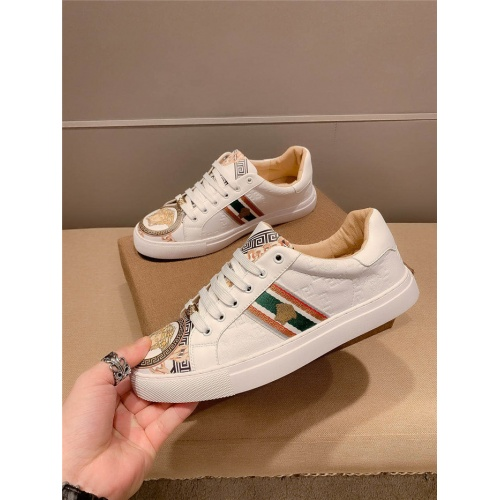 Versace Casual Shoes For Men #800023