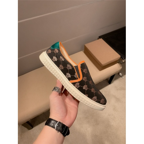 Replica Versace Casual Shoes For Men #800029 $69.84 USD for Wholesale