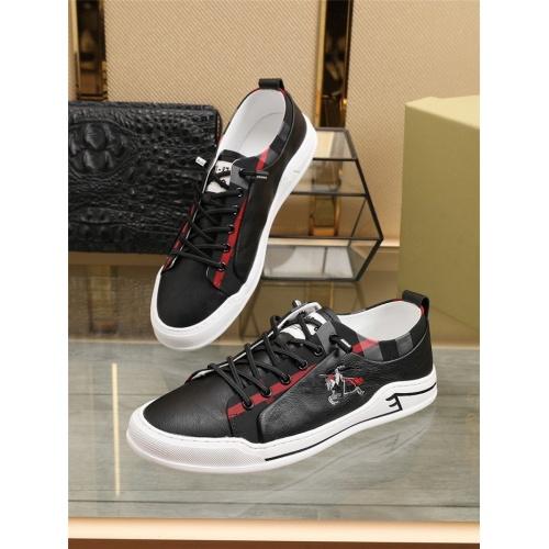 Burberry Casual Shoes For Men #800053