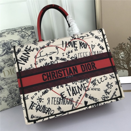 Christian Dior AAA Tote-Handbags For Women #800596
