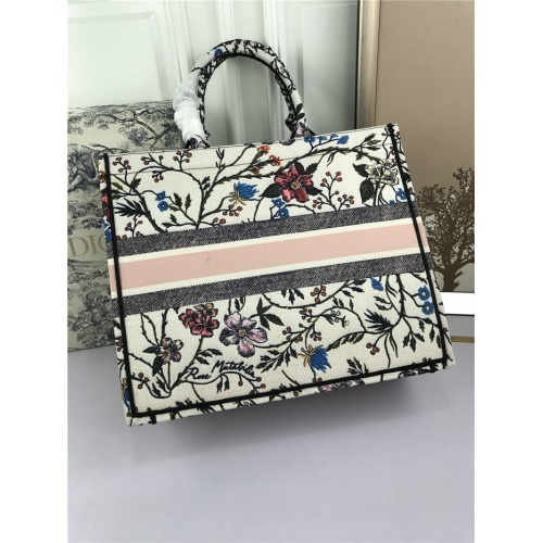 Replica Christian Dior AAA Tote-Handbags For Women #800598 $78.57 USD for Wholesale