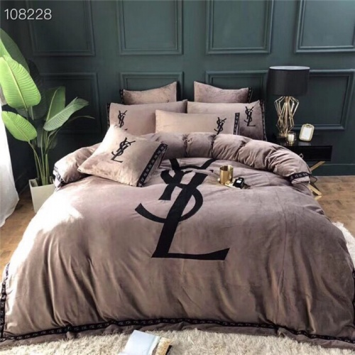 Yves Saint Laurent YSL Bedding #801020