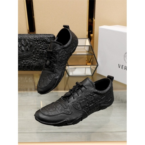 Versace Casual Shoes For Men #801320