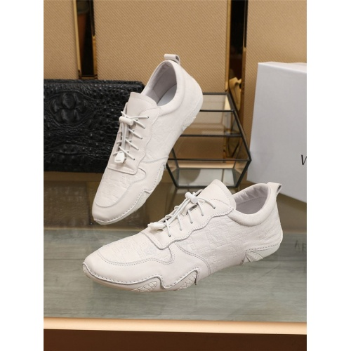 Versace Casual Shoes For Men #801321
