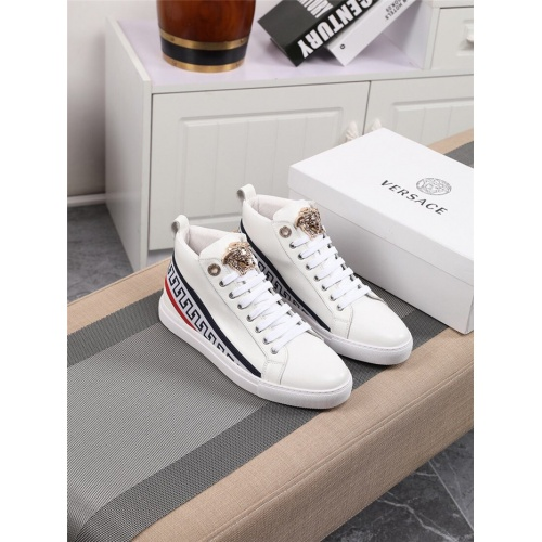 Versace High Tops Shoes For Men #801656