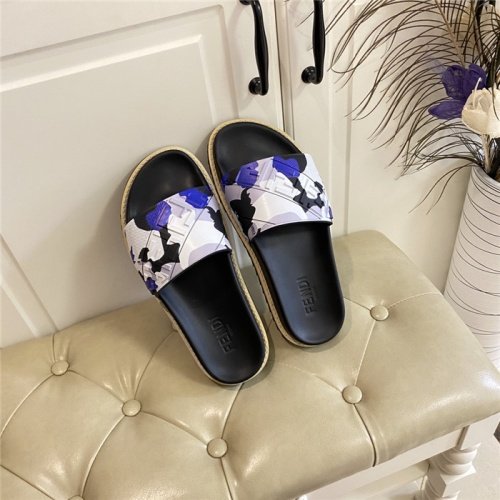 Fendi Slippers For Women #801785