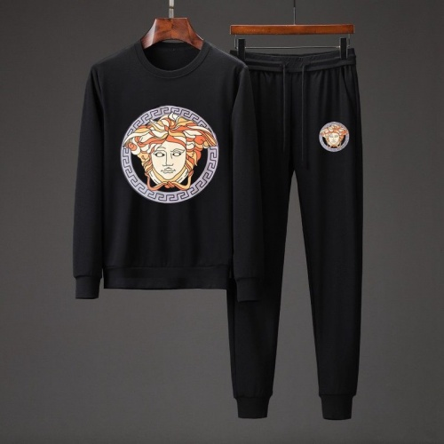 Versace Tracksuits Long Sleeved O-Neck For Men #801862 $82.45 USD, Wholesale Replica Versace Tracksuits