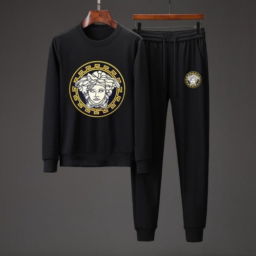 Versace Tracksuits Long Sleeved O-Neck For Men #801868 $82.45 USD, Wholesale Replica Versace Tracksuits