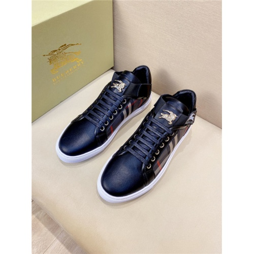 Burberry Casual Shoes For Men #802134