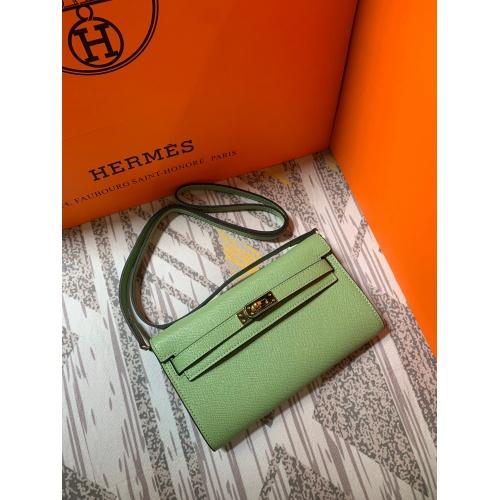 Hermes AAA Quality Messenger Bags For Women #802415