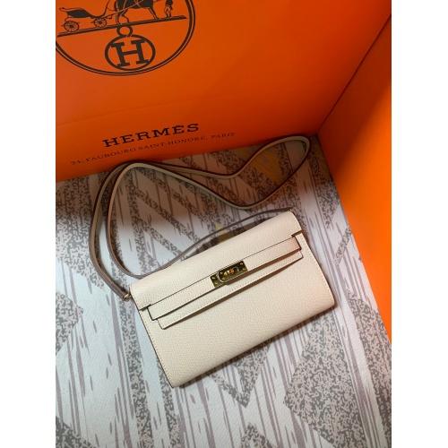 Hermes AAA Quality Messenger Bags For Women #802417