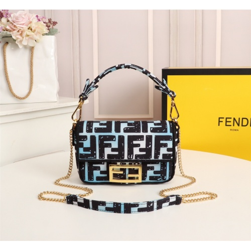 Fendi AAA Messenger Bags For Women #802418