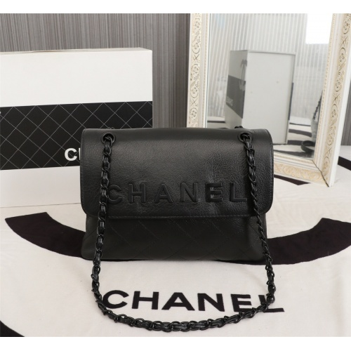 Chanel AAA Messenger Bags For Women #802425