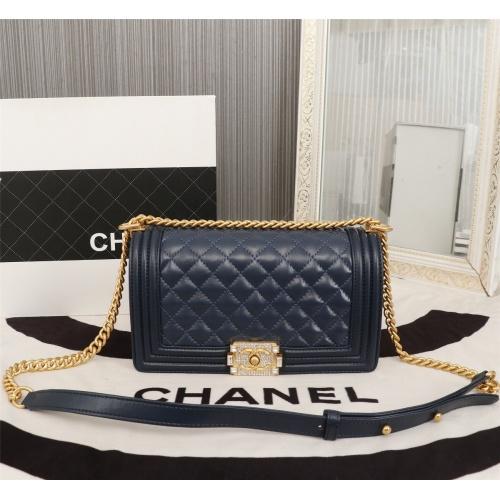 Chanel AAA Messenger Bags For Women #802429