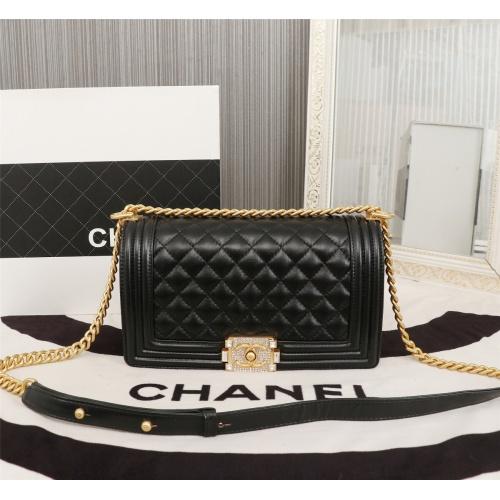 Chanel AAA Messenger Bags For Women #802430