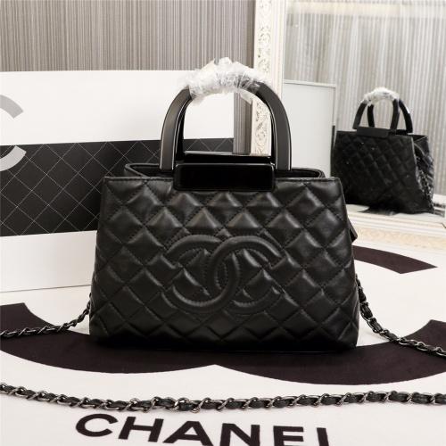 Chanel AAA Messenger Bags For Women #802437