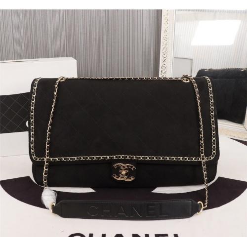 Chanel AAA Messenger Bags For Women #802439