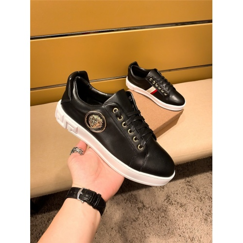 Versace Casual Shoes For Men #802732 $69.84 USD, Wholesale Replica Versace Casual Shoes