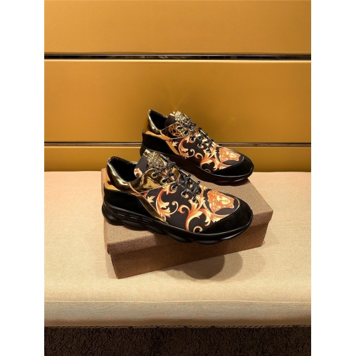 Versace Casual Shoes For Men #802754