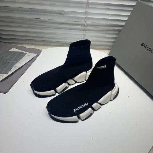 Balenciaga Boots For Men #802813