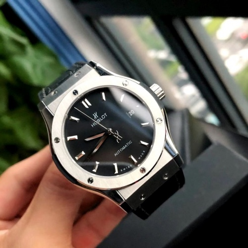 HUBLOT AAA Quality Watches For Men #802855 $177.51 USD, Wholesale Replica HUBLOT Quality Watches