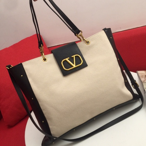 Valentino AAA Quality Handbags For Women #803056