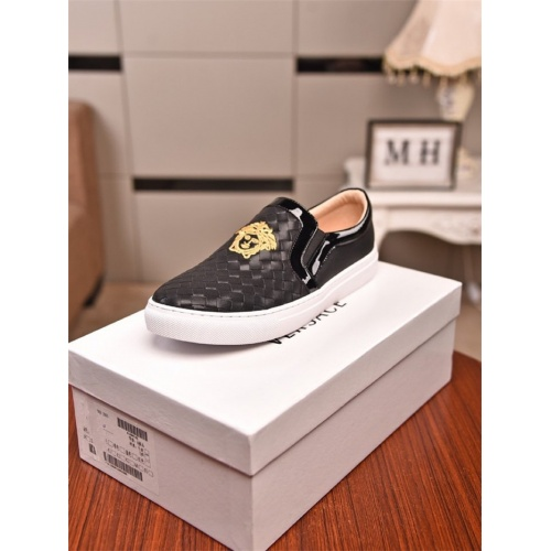 Replica Versace Casual Shoes For Men #803107 $73.72 USD for Wholesale