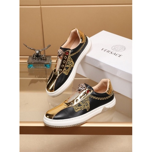 Versace Casual Shoes For Men #803214