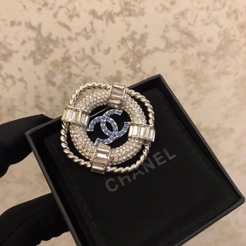 Chanel Brooches #803243