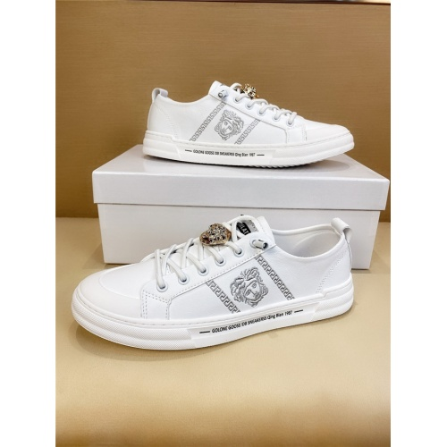 Versace Casual Shoes For Men #803976