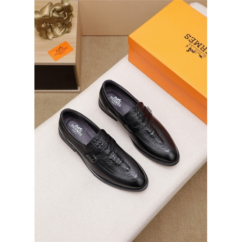 Hermes Leather Shoes For Men #803986