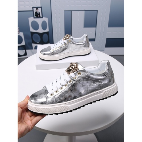 Versace Casual Shoes For Men #803988