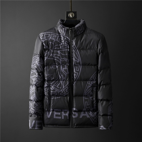 Versace Down Coat Long Sleeved Zipper For Men #804165