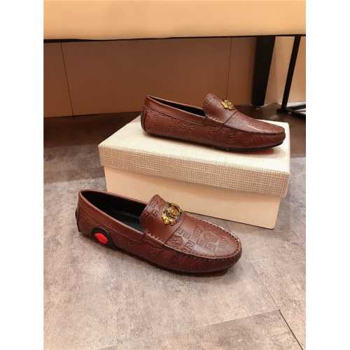 Versace Casual Shoes For Men #804199