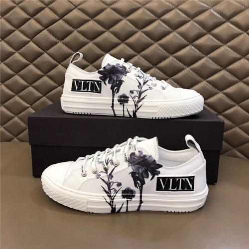 Valentino Casual Shoes For Men #804235