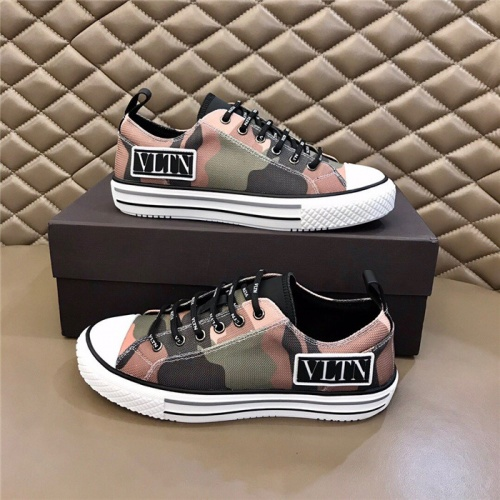 Valentino Casual Shoes For Men #804236