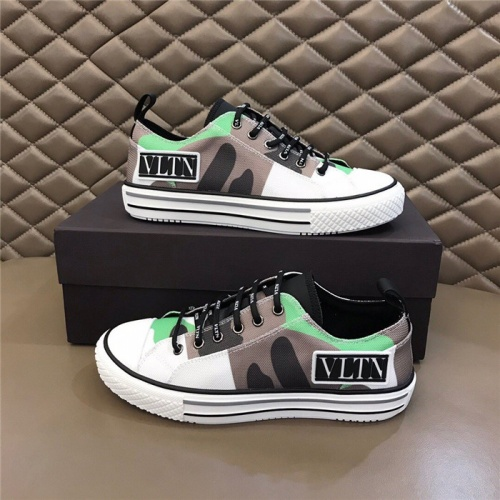 Valentino Casual Shoes For Men #804238