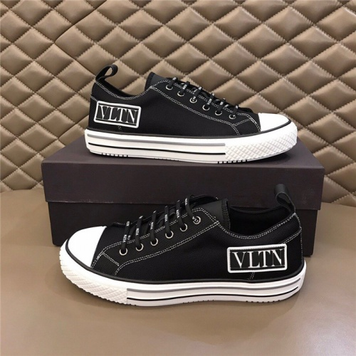 Valentino Casual Shoes For Men #804240