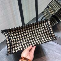 $151.32 USD Christian Dior AAA Tote-Handbags For Women #797615