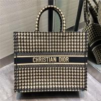 $165.87 USD Christian Dior AAA Tote-Handbags For Women #797617