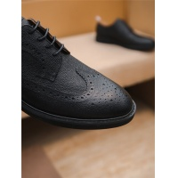 $85.36 USD Thom Browne Leather Shoes For Men #797838